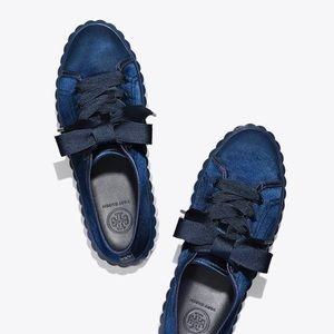🆕 Tory Burch Scallop Satin Sneakers